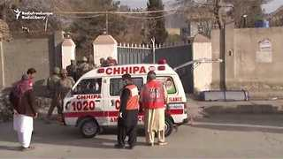 Two Suicide Bombers Storm Quetta Church in Fatal Attack - Video