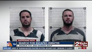 Two inmates remain at large after stealing van in Oklahoma - Video