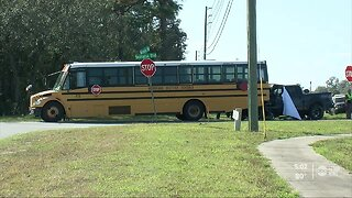 1 killed, students injured after pick-up crashes into school bus in Hernando County