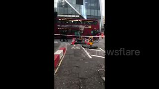 London's Gherkin evacuated due to a suspicious vehicle - Video