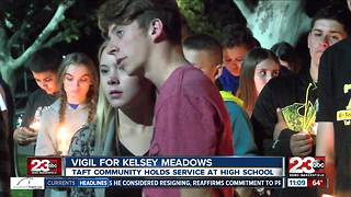 Vigil held in Taft for Kesley Meadows - Video