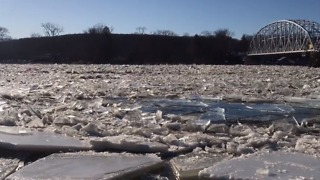 Ice on Connecticut River Prompts Authorities to Declare 'Emergency Condition' for Haddam - Video