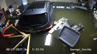 Timelapse Shows Houston Garage Flooding During Hurricane Harvey - Video