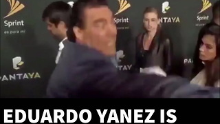 Mexican Soap Actor Slaps Reporter On Red Carpet - Video
