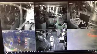 Vandals smash through front window, destroy items inside Largo smoke shop | Digital Short - Video