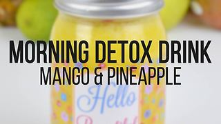 Morning detox drink: Mango & pineapple smoothie - Video