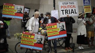 Julian Assange's Extradition Hearing Resumes After Delay