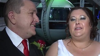 Lucky couple gets married atop High Roller in Las Vegas