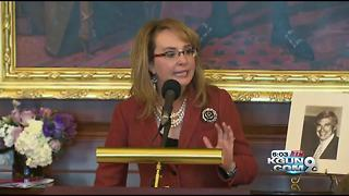 Democratic cloakroom renamed in honor of Gabrielle Giffords - Video