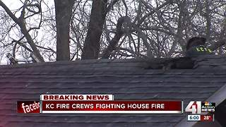 Fire damages two homes in Kansas City - Video