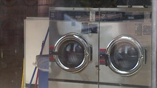 Cleveland church pays it forward during 'Love at the Laundromat' event