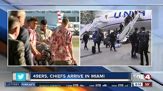 Super Bowl teams arrive in Miami