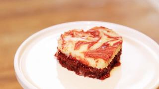 Marbled Red Velvet Cheesecake Brownies - Video