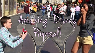 Man Pulls Off Surprise Proposal At Disney World - Video
