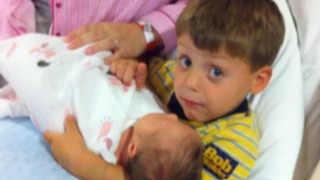 Little Boy Shushes His Dad While His Baby Sister Sleeps - Video