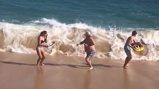 Family Gets Wiped Out By Sea Waves - Video