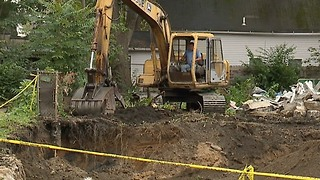 Nuisance homes in Tremont finally torn down after years of complaints - Video