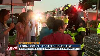 Tampa couple escapes house fire they believe sparked by lightning - Video