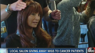 Salon giving away free wigs to women battling cancer - Video