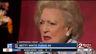 Betty White turns 96 - Video