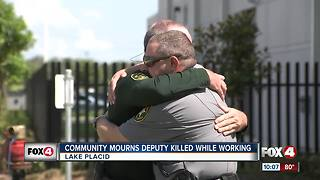 Community mourns death of Deputy William Gentry - Video