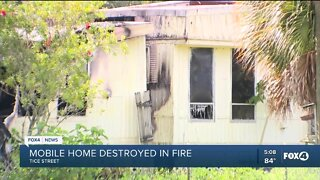 Mobile home destroyed fire in Fort Myers