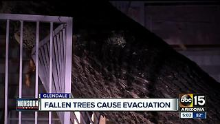 Lightning strike causes apartment damage in Glendale - Video