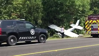 Small Plane Crashes Along Highway 69 in Texas - Video