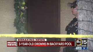 Child drowns in backyard pool in Tolleson - Video