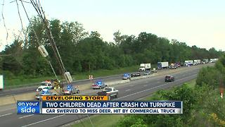2 kids dead after crash on Ohio Turnpike
