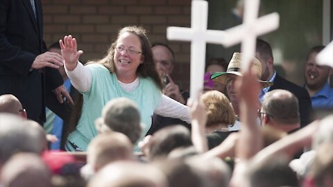 An Unlikely Candidate – The Kim Davis Story