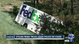 Stolen FedEx truck leads police on chase - Video