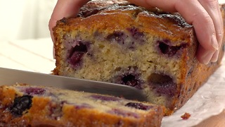 Blueberry Banana Cake - Video