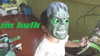 funny kids with hulk mask  - Video
