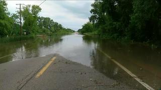 Flooding and road closures in Kenosha County - Video