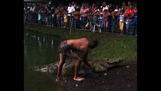 Colossal Croc Has Public Funeral - Video