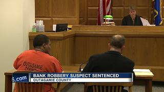 Woman apologizes for two robberies during sentencing - Video