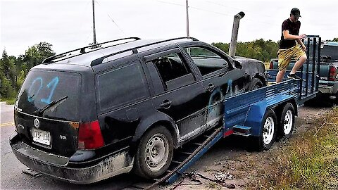 Demolition car tow becomes complete comedy show