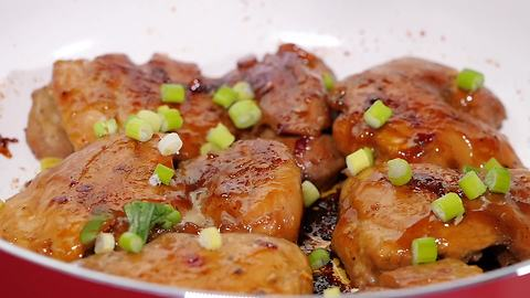 Mouthwatering sweet & salty chicken thighs
