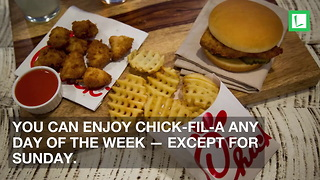 Chick-Fil-A Breaks Tradition to Help 2,000 Stranded Travelers in Airport - Video