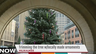 Officials to light Milwaukee Christmas Tree on Thursday - Video