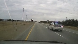 Police Car Chases Speeding Motorcycles in Quebec - Video