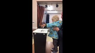 Boy, 2, casts auntie's vote - Video