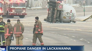 Propane truck accident still under investigation in Lackawanna - Video