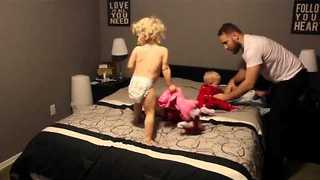 Super Dad Gets His Triplets And Toddler Ready For Bed - Video