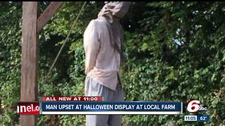 Father upset over inappropriate Halloween display at farm - Video