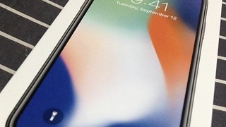 iPhone X Stops Working In Cold Weather; Apple Working On Fix - Video