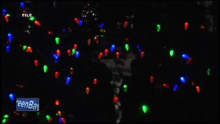 Holiday tree in Green Bay spreads message of peace - Video