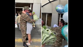 Soldier sent home for a few hours to surprise his wife and newborn son