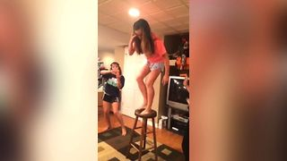 35 Hilarious Fails To Get You Through Today - Video
